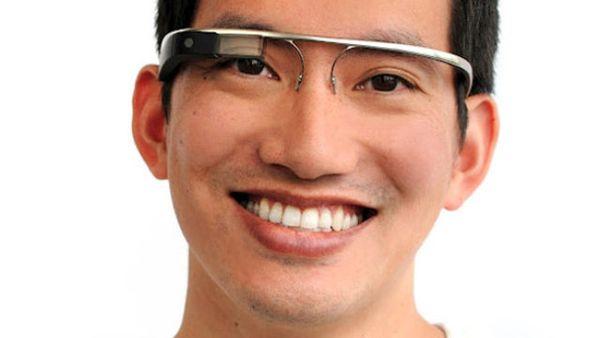 """8 Produk Teknologi yang Tidak Akan Hadir di Tahun 2013: Kacamata """"Google"""""""