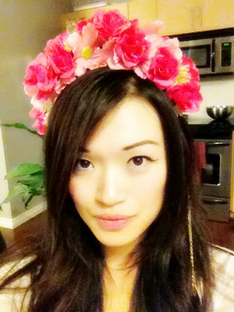 Modelling photo with DIY flower headband