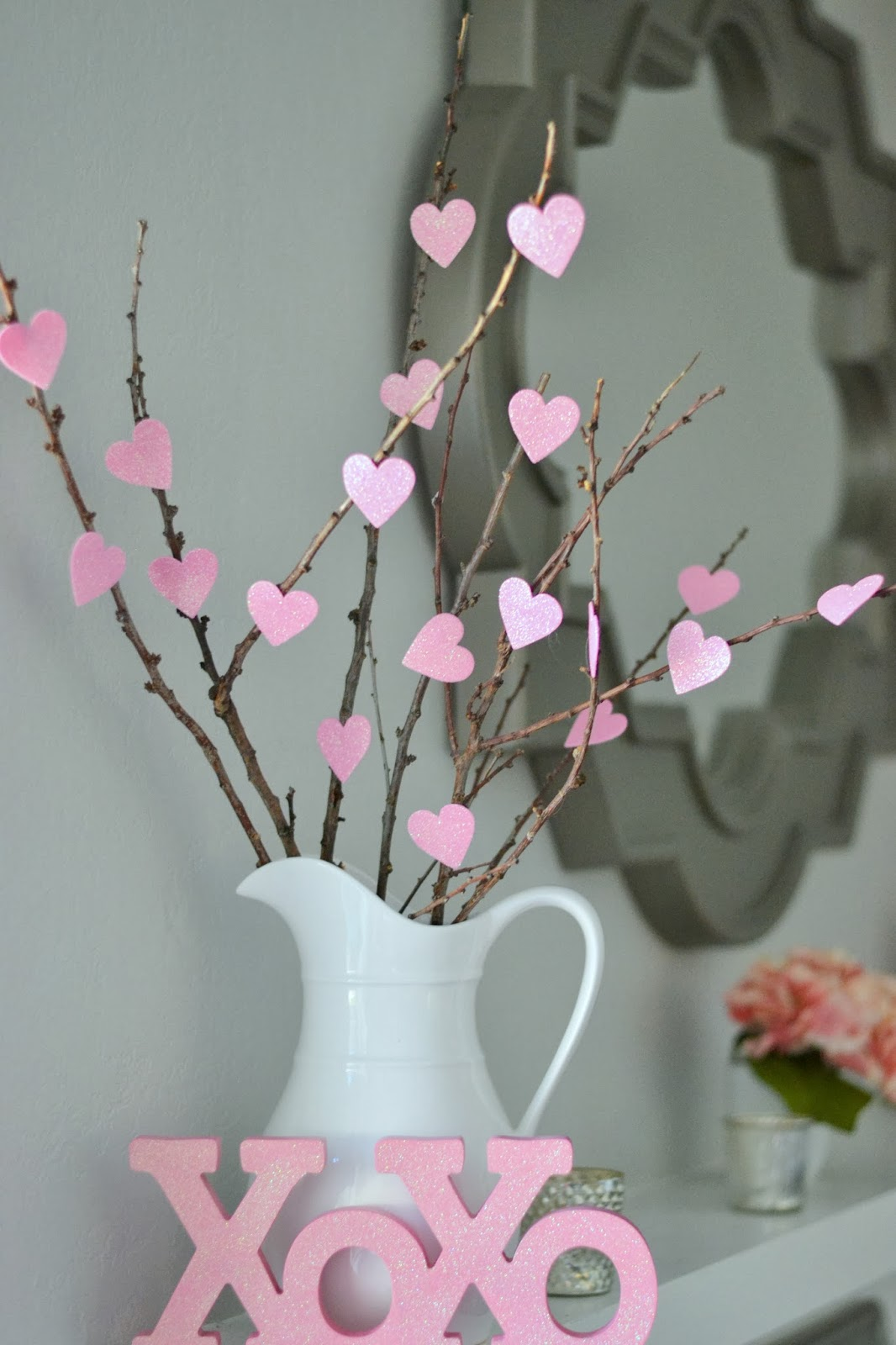 Money hip mamas cute and cheap diy valentine 39 s day for Heart decoration ideas