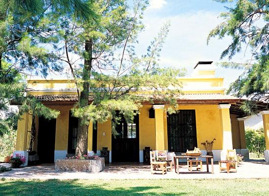 Suvire febrero 2012 - Colores de fachadas de casas de campo ...