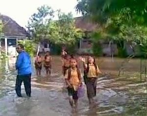 Musibah bencana banjir di kecamatan gabus kabupaten pati