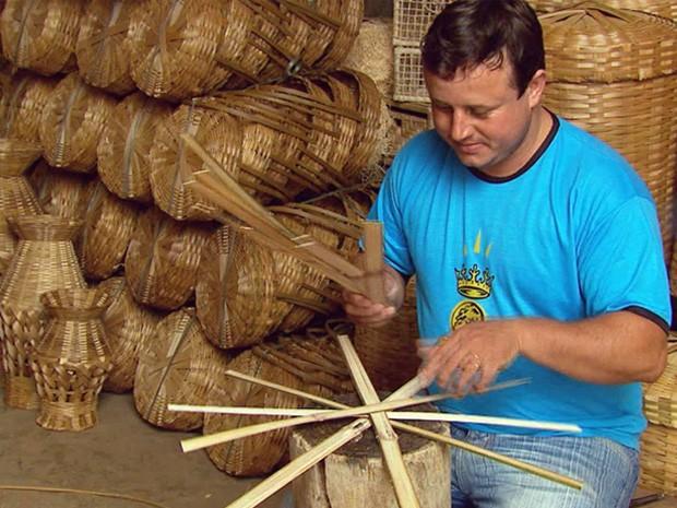 Armario Arquivo ~ JORNAL SUL MINEIRO Escassez de bambu prejudica produç u00e3o de artesanato em Baependi
