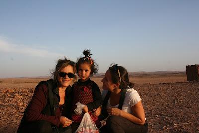 erg chebii, marruecos, desierto, viajes baratos, nomadas