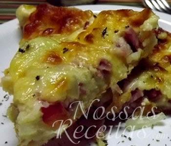 receita de pizza simples preparada no liquidificador