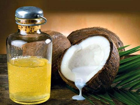 Chữa hôi nách bằng dầu dừa