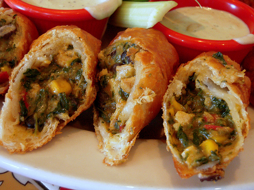 ... Chili's Copycat Southwestern Eggrolls and Avocado-Ranch Dipping Sauce