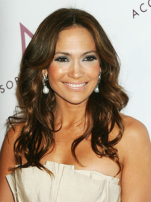 jennifer lopez on the floor hairstyle. Jennifer Lopez premiered his