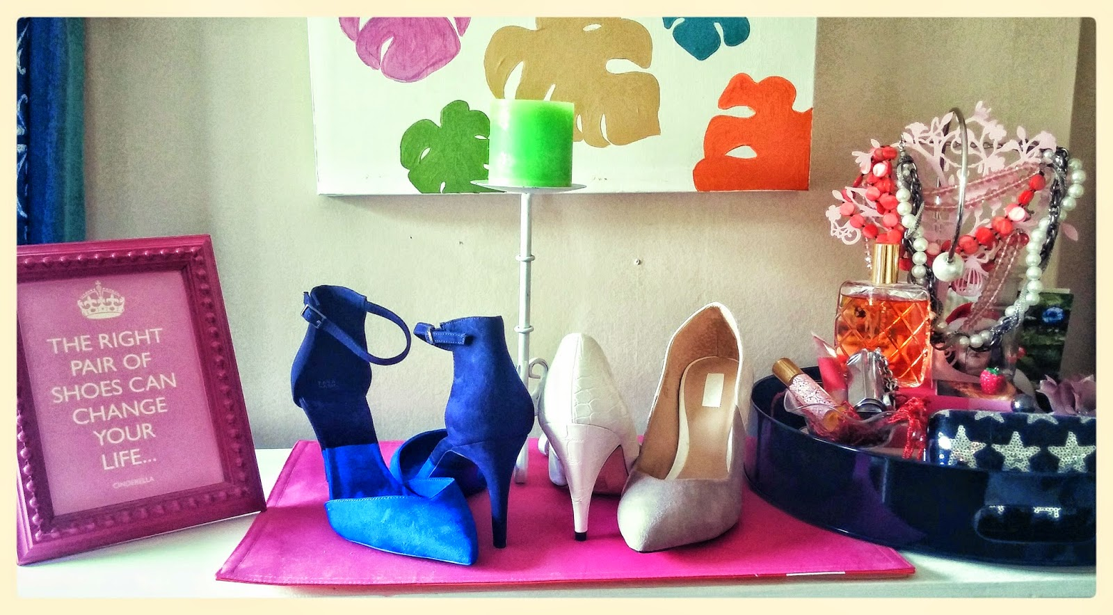 The Shoe-gallery