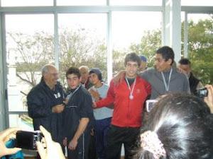 Sr. ALDO COLLAZO ,  invierno 2011 con remeros premiados!!!