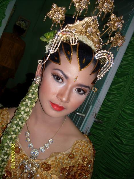 ... Jawa digelar. Berikut ini adalah beberapa contoh foto pengantin Jawa