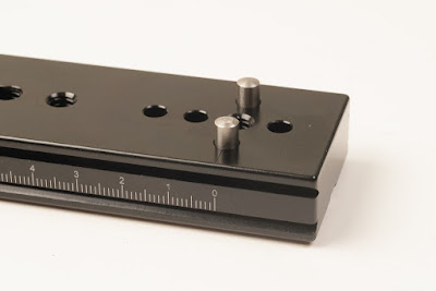 Hejnar PHOTO E51- 1/4 and 5mm holes for dowel pins