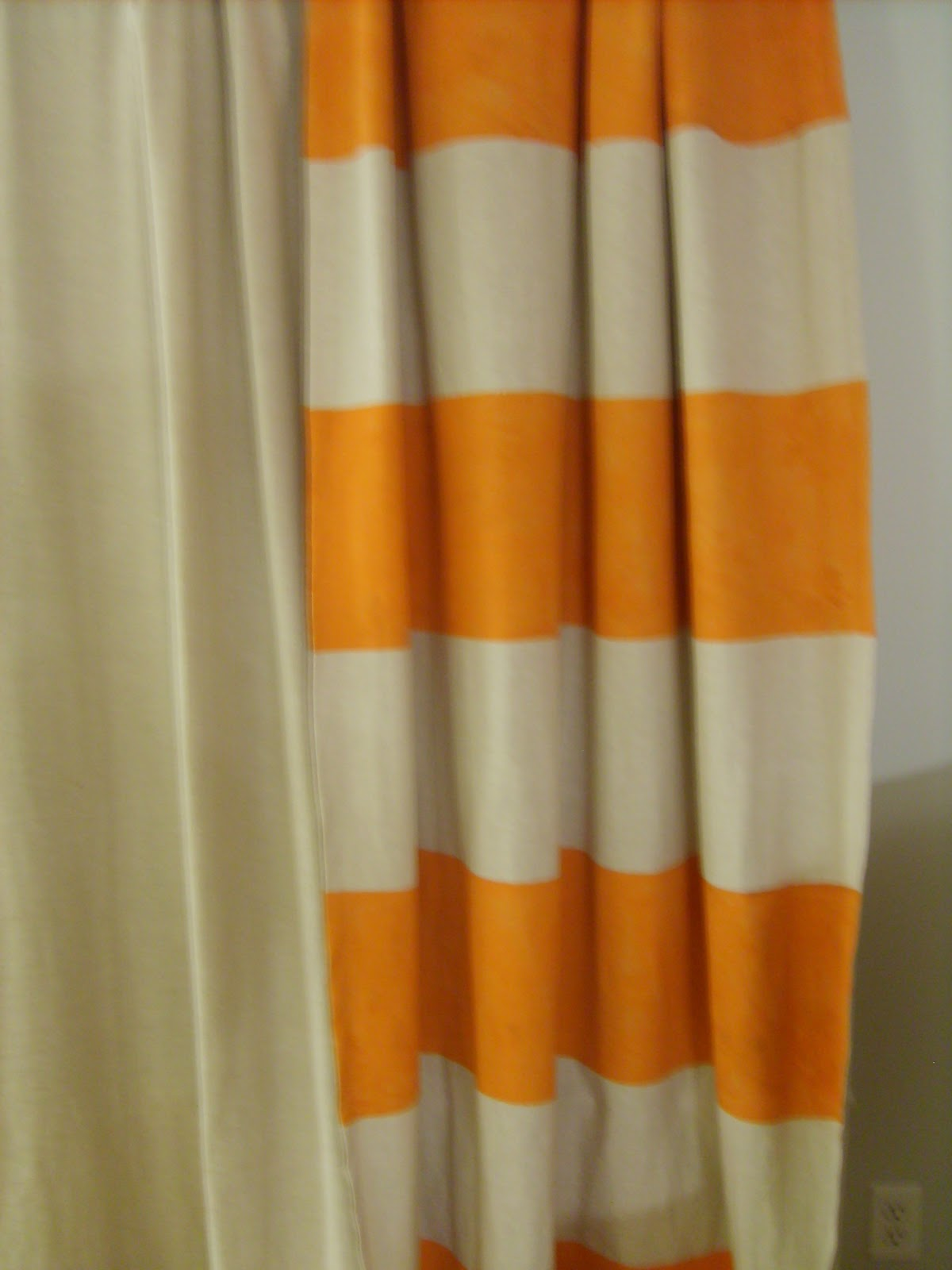 Displaying 20> Images For - Orange Curtains...