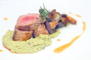 http://www.opoae.com/2013/03/wuek-steak-yang-terbuat-dari-taik.html