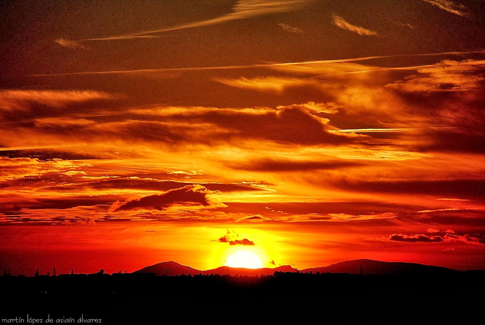 Encuadrando los dias 250 365 puesta de sol for Puesta de sol