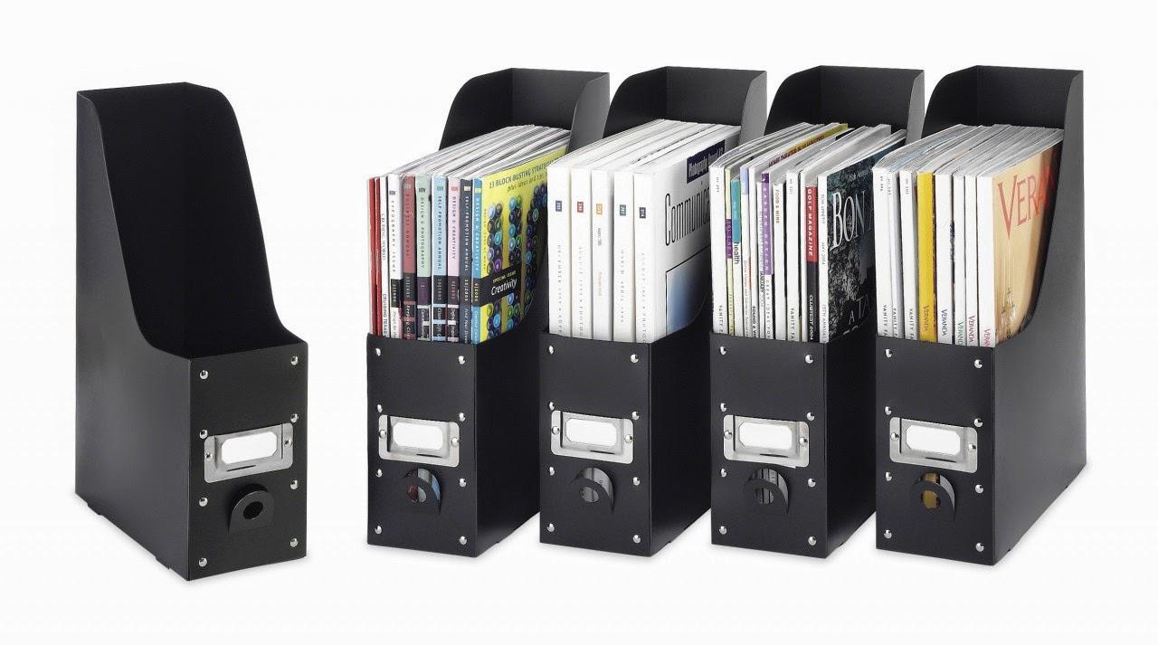 Estantes organizadores de livros e revistas larissa carbone arquitetura - Organizadores escritorio ...
