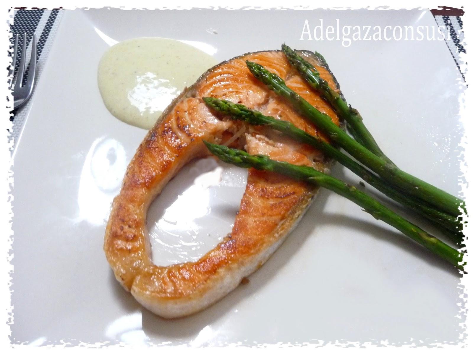Salmon Con Esparragos Trigueros Salmón Con Espárragos