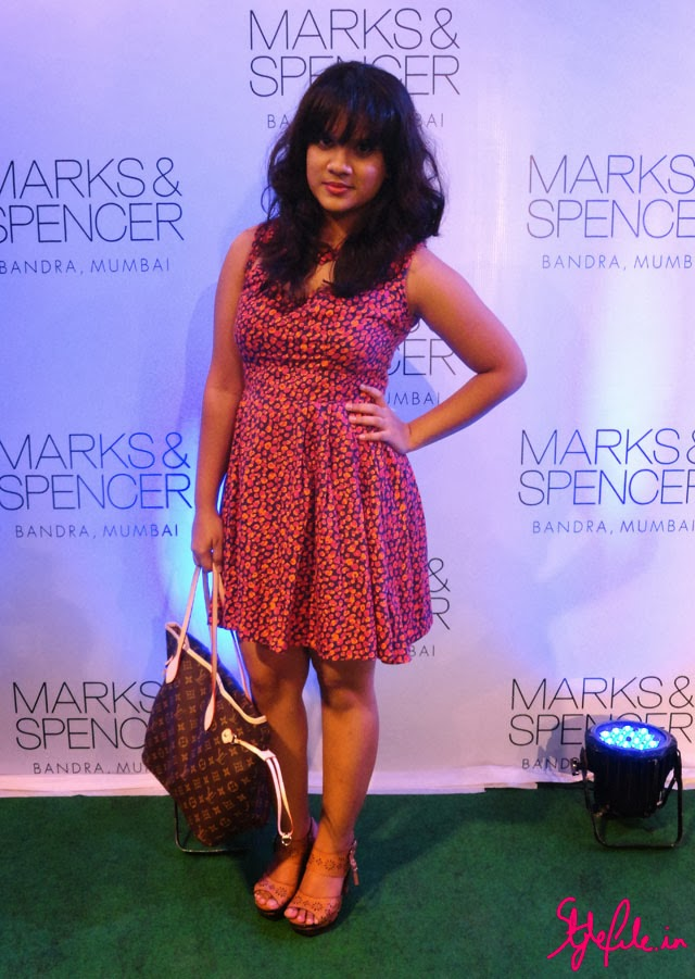 cutout ASOS printed dress, Maybelline coral lipstick, Louis Vuitton Neverfull Monogram tote, Lasercut tan clogs, Marks and Spencer, store Launch