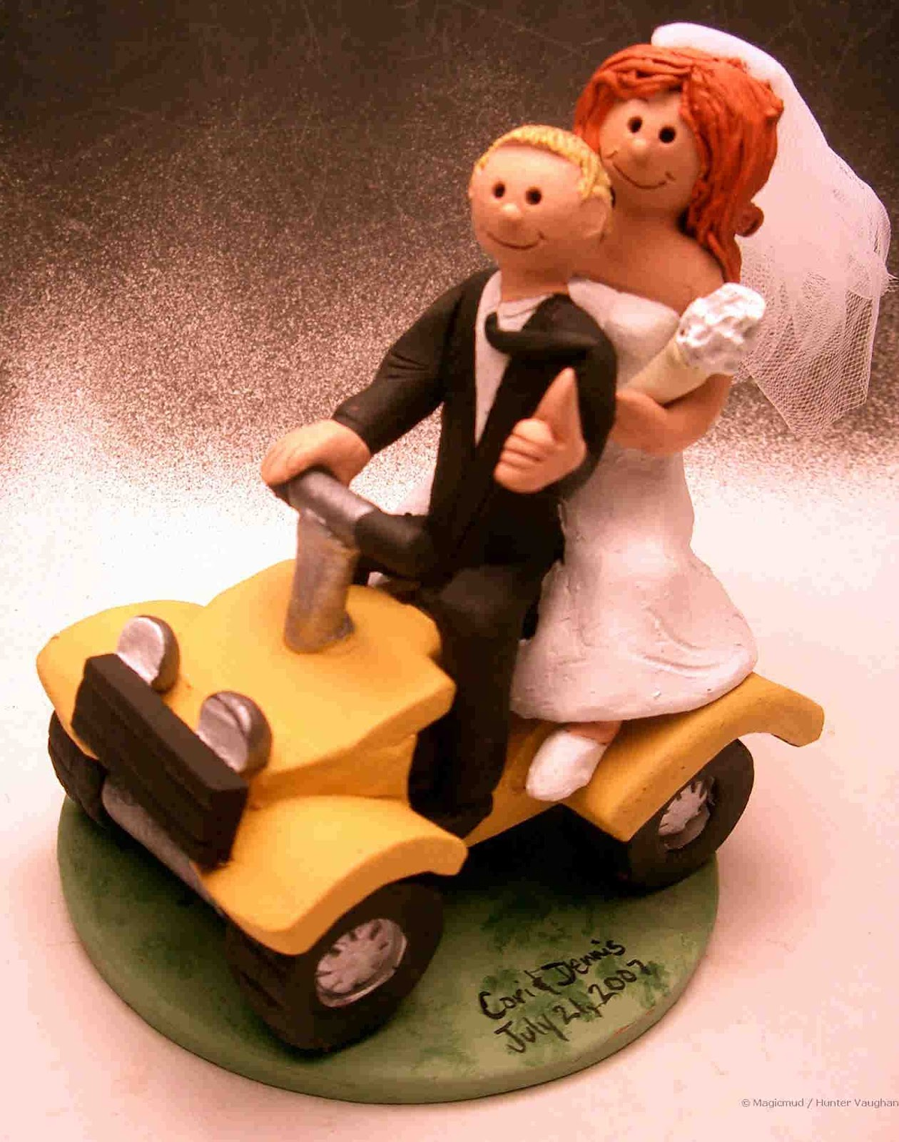 Fun and Unique Wedding Cake Toppers Have your Dream Wedding