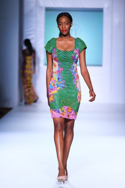 Robe en pagne africain- ciaafrique MTN lagos fashion and Design week 2012: Iconic invanity