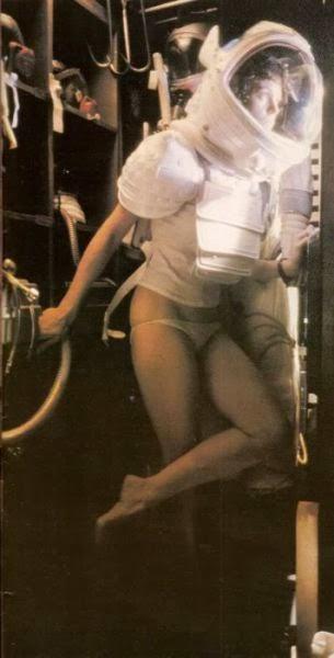 Sigourney Weaver on the Alien set