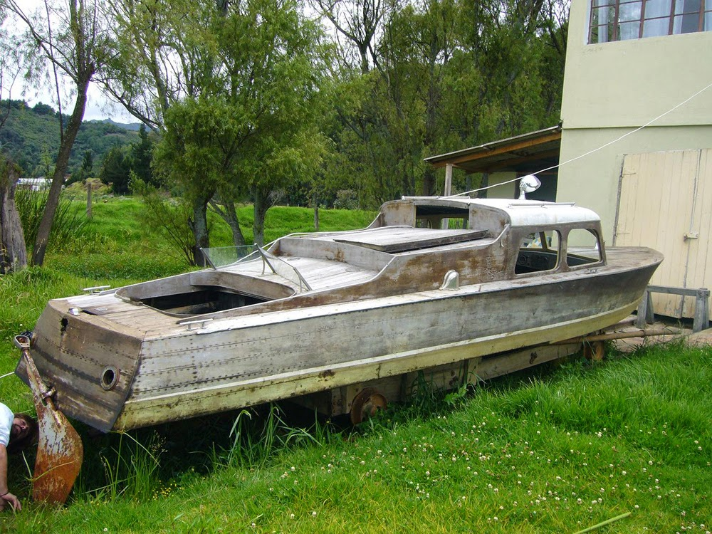 1926-ish 21ft step-hydroplane help needed