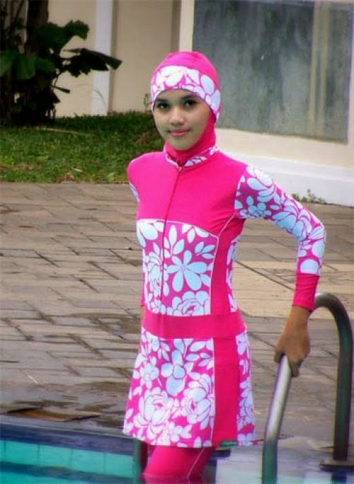 baju-renang-muslimah-warna-pink