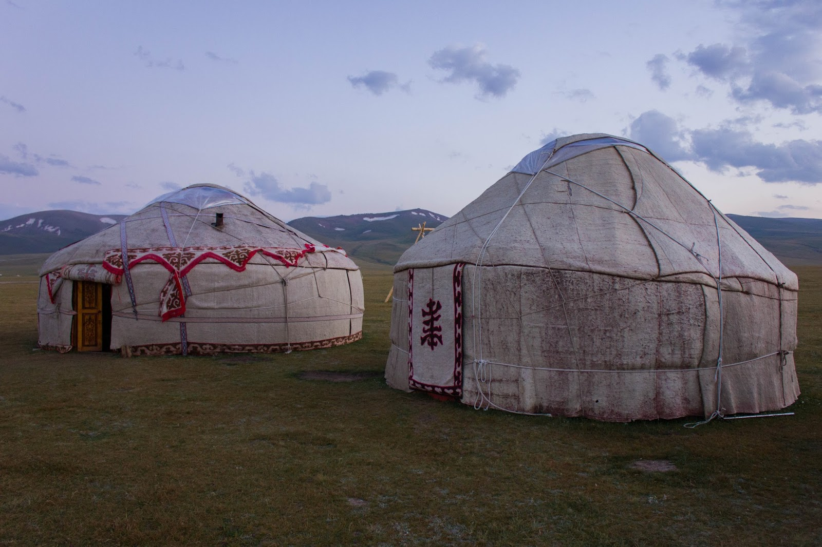 Кыргызские горы, Сон-куль, Юрты