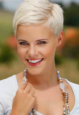 blonde short hairstyles