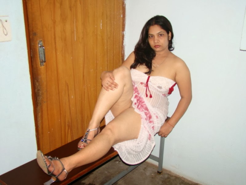 Desi bangalore horny aunty 10