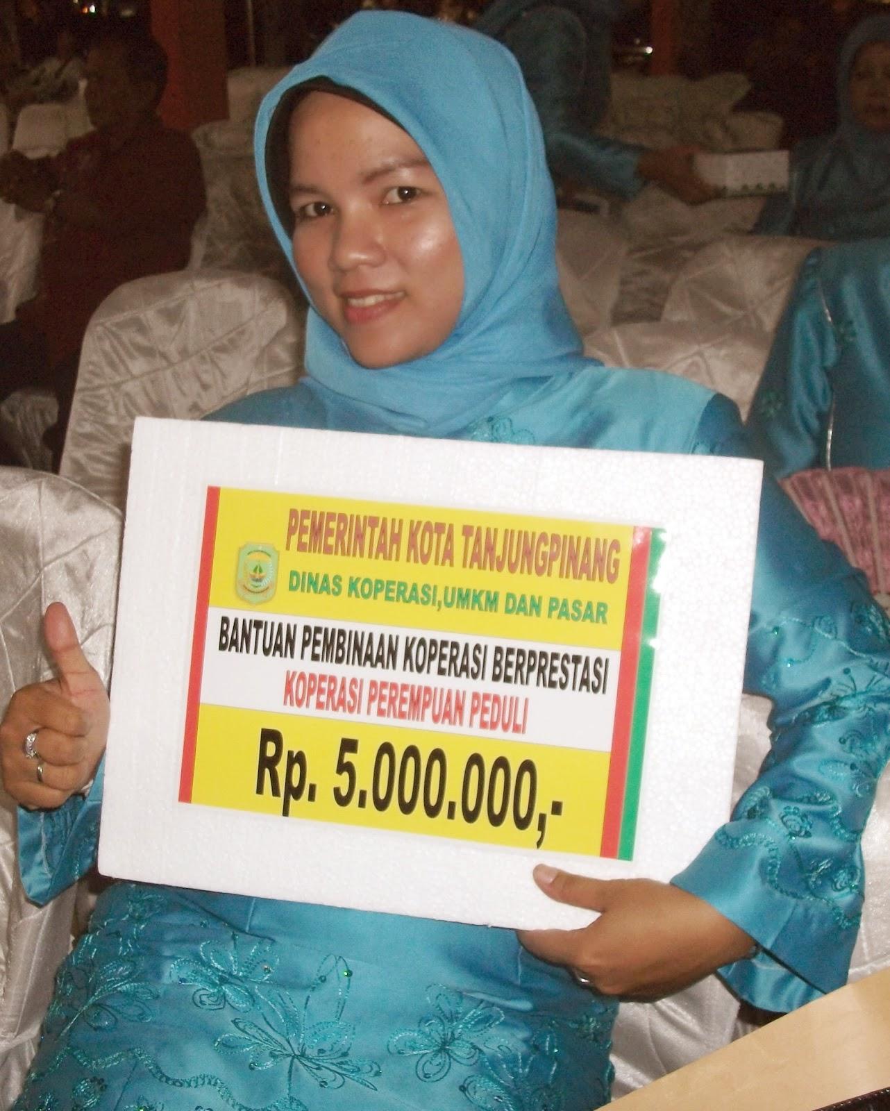 koperasi perempuan peduli kota tanjungpinang mendapatkan penghargaan