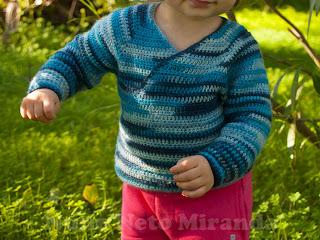 """alt=""""Baby Kimono Wrap, free crochet pattern, instruções passo a passo, baby sweater, casaquinho de bebé"""""""