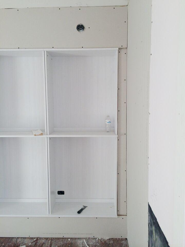 Avery Street Design Blog DIY Summer School IKEA Hack Built In Bookcases