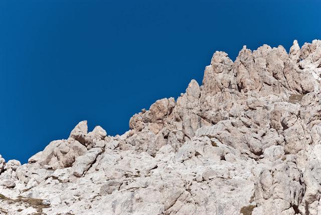 La cresta sud del Monte Prena è composta di guglie e spuntoni rocciosi