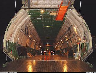 Gambar kabin Pesawat Raksasa AN-225 Mriya