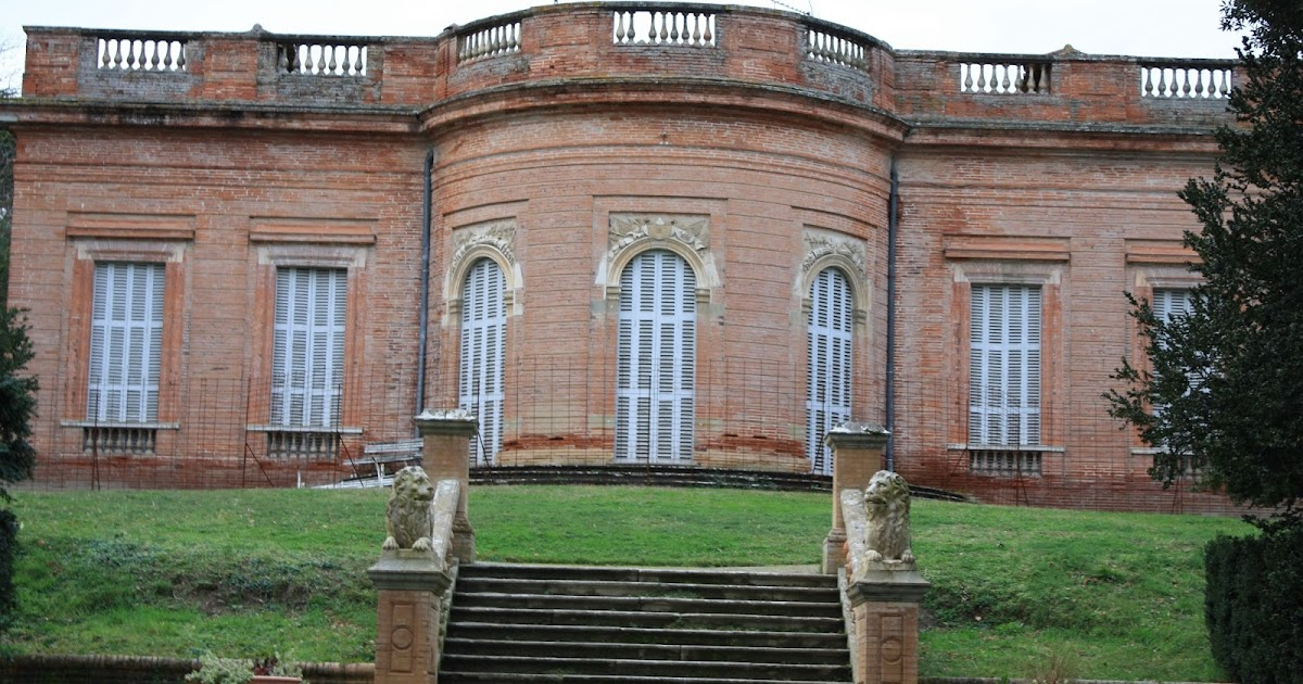 """... PAS DE L'ACTU: Le château de Reynerie, la """"folie"""" du comte du Barry"""
