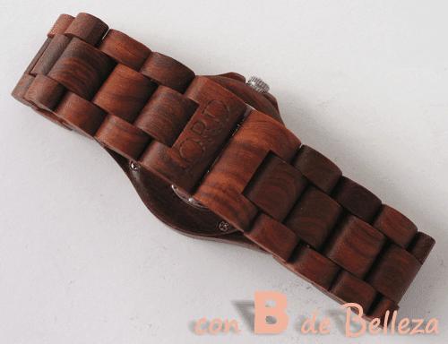 Reloj Ely de madera roja