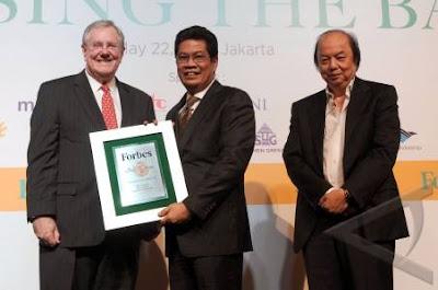 Pemberian Penghargaan BNI Forbes