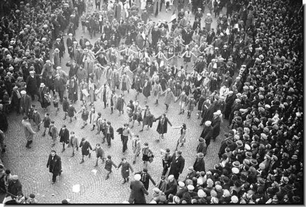 1938 France demonstrations political instablity