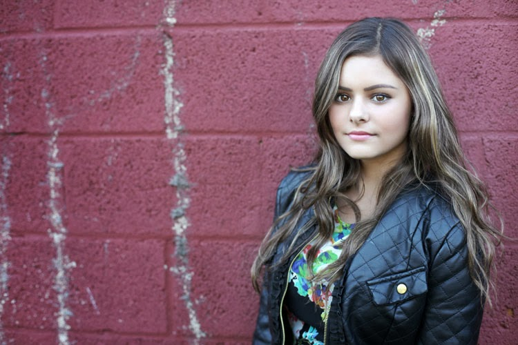 Jacquie lee the voice s season 5 youngest contestant two glasses
