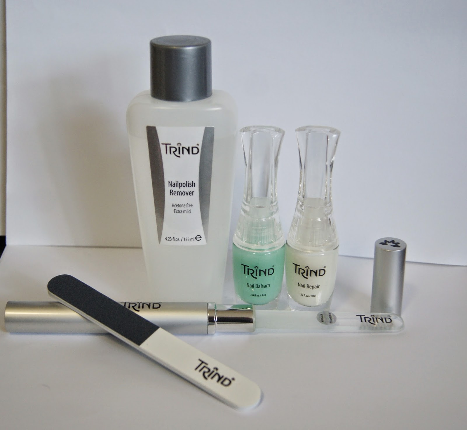 Trind Natural Nail Moist and Shiny Kit, Acetone Free Nailpolish Remover, Professional Glass File, Magic, Buffer, Balsam, Repair, Beauty, The Purple Scarf, Toronto, Melanie_Ps, Canada, Dutch Company, Review