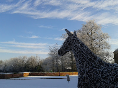 Emma Stothard willow horse sculpture at Beningbrough