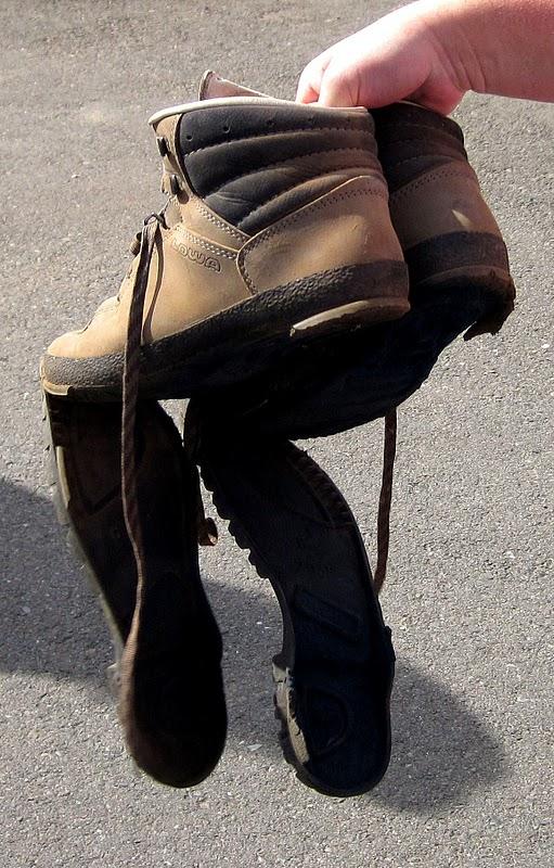 soleless+boots.jpg