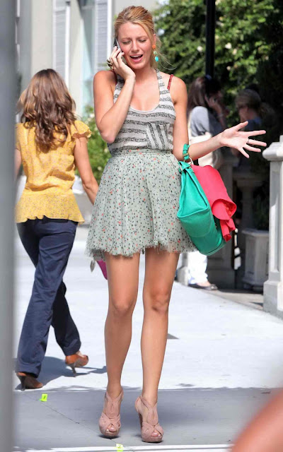 Blake Lively - Set of Gossip Girl - LA - 05/08/11 (HQ)