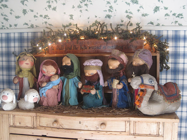 Away in a Manger Nursery…Christmas at Joan's Pretty Old House