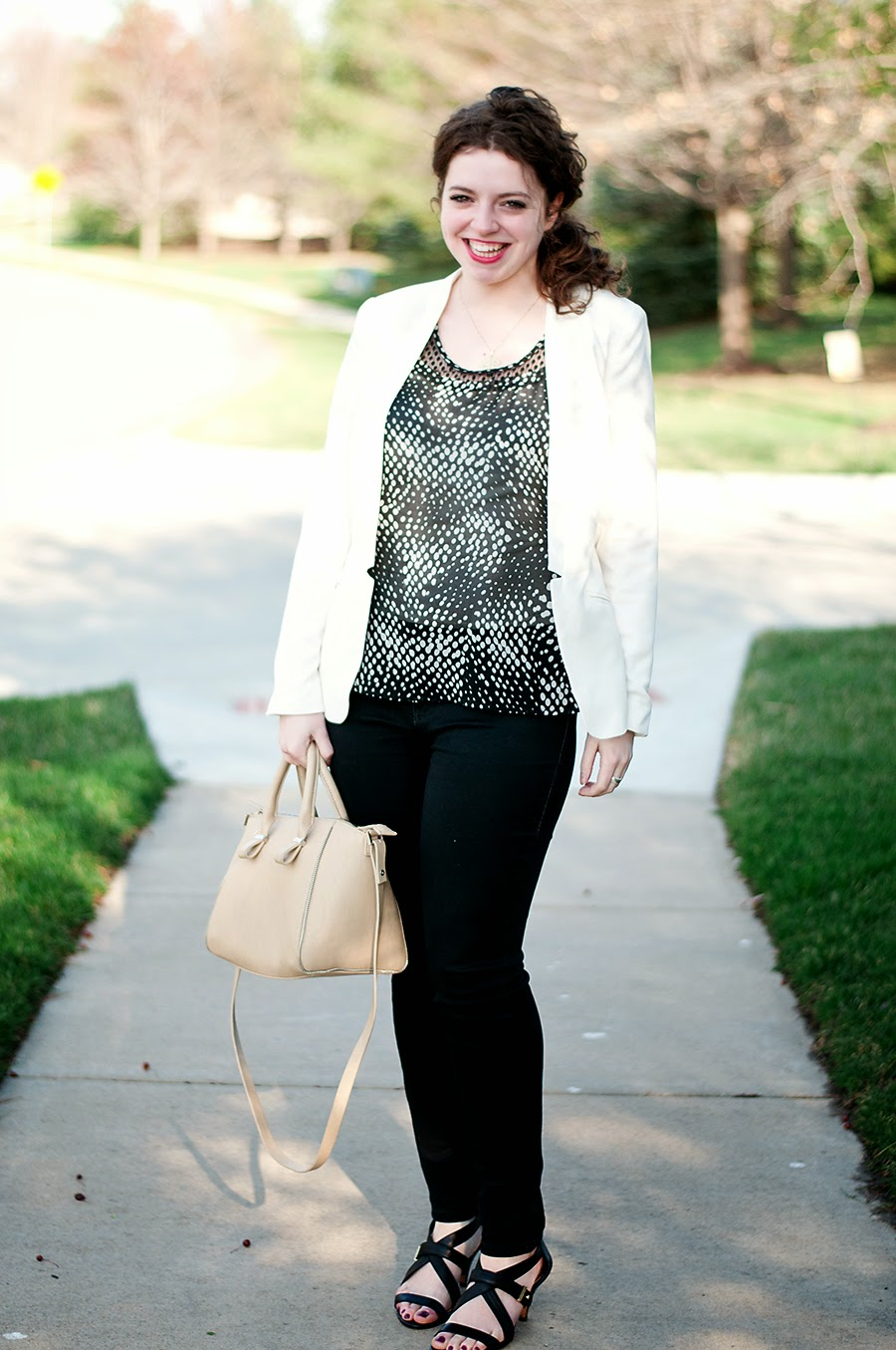 Black and white polka dott outfit for spring