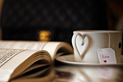 Nothing better than a good book and a hot cup of tea... #tea #reading #book