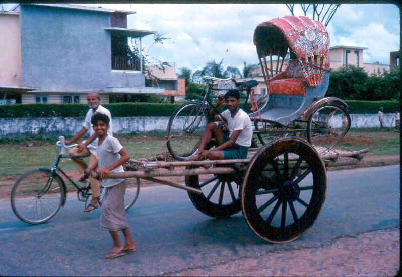 Street scene of Dhanmondi, Dhaka (1960s)