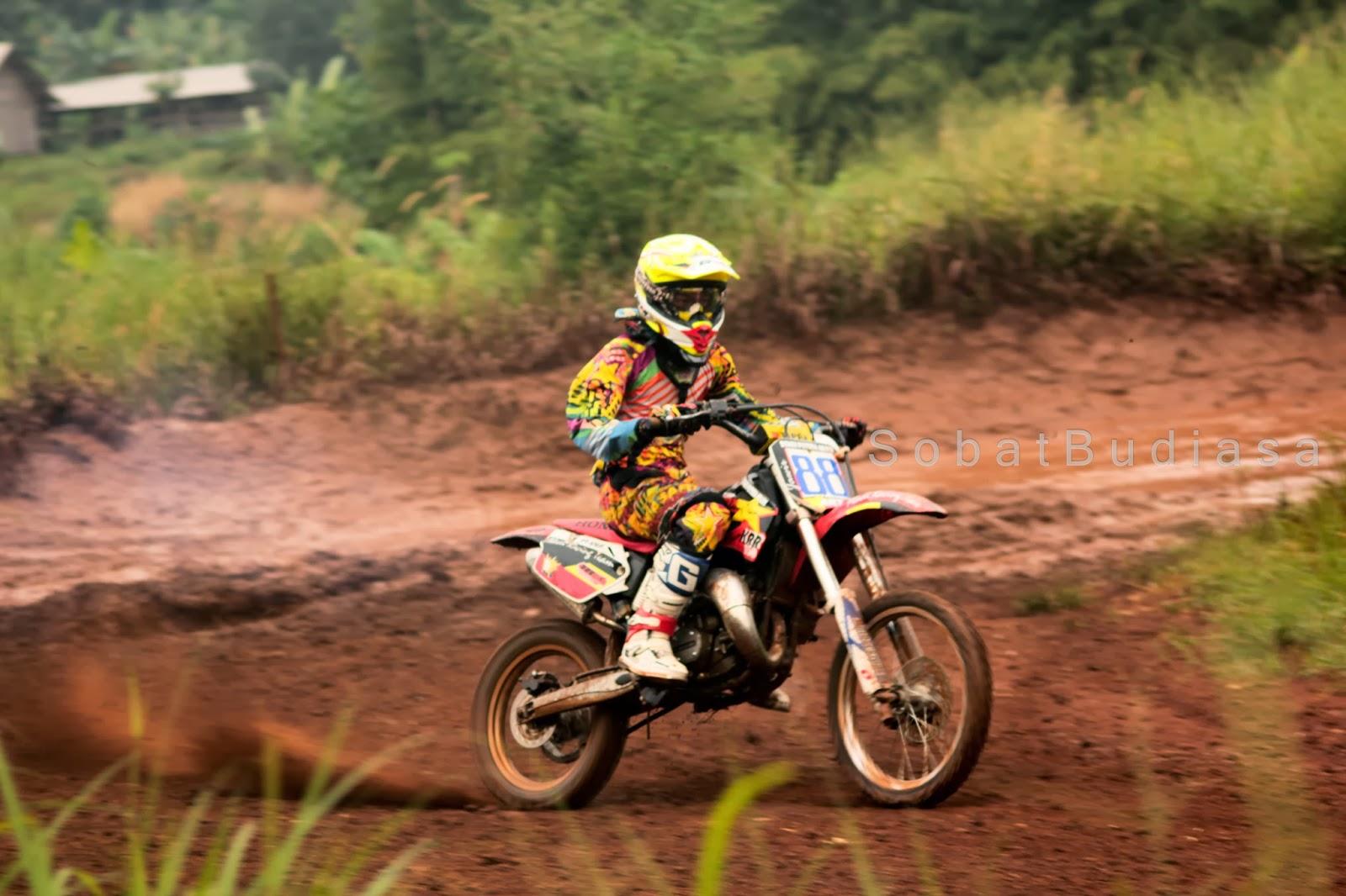 Moto Cross Bintaro