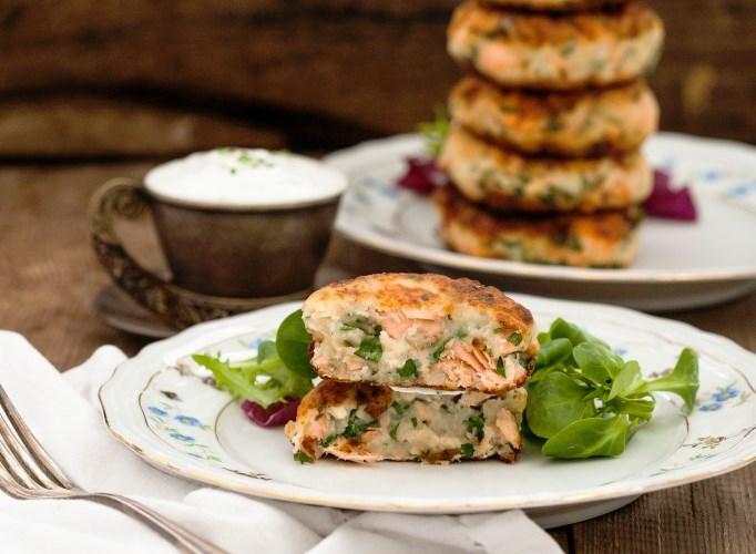 Salmon Cakes With Chive And Garlic Sauce Recipe - Kusina Master ...