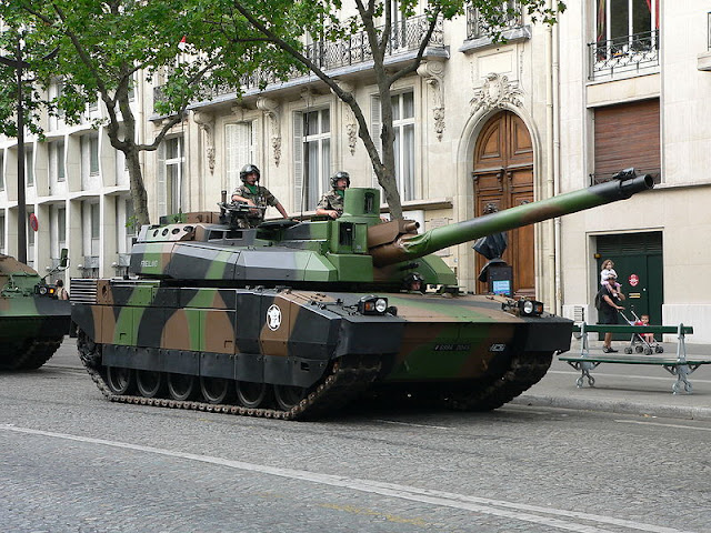 MBT LeClrec Perancis